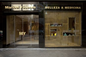 Maribel Yebenes Beauty Specialist in Madrid by its courtesy in www.luxuryexperiencemadrid.com